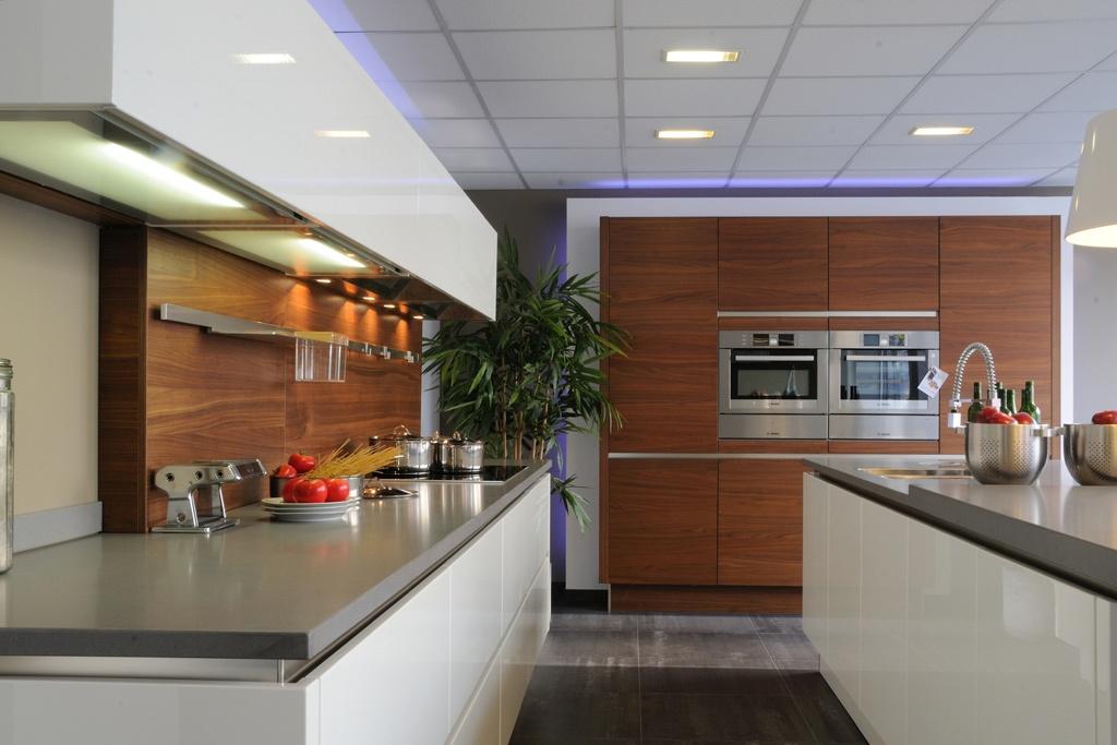 Glanzend witte keuken ~ consenza for .