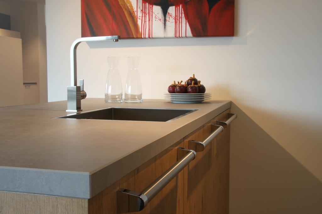 Keramiek werkbladen jetstone jetstone specialists in for Werkblad keuken keramiek